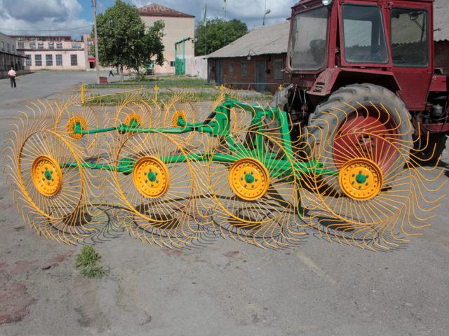 Грабли колёсно-пальцевые ГКП-8. ОАО «Миллеровосельмаш».