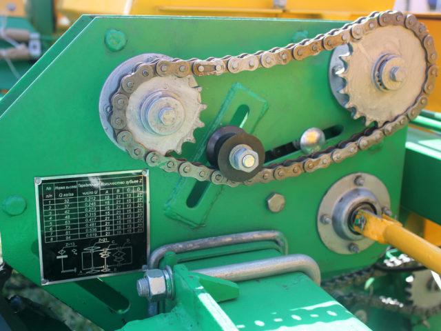 Привод-консоль. Сеялка пропашная точного высева МС-8. ПАО «Миллеровосельмаш».